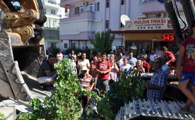 Antalya'da otopark eylemine polis müdahale etti