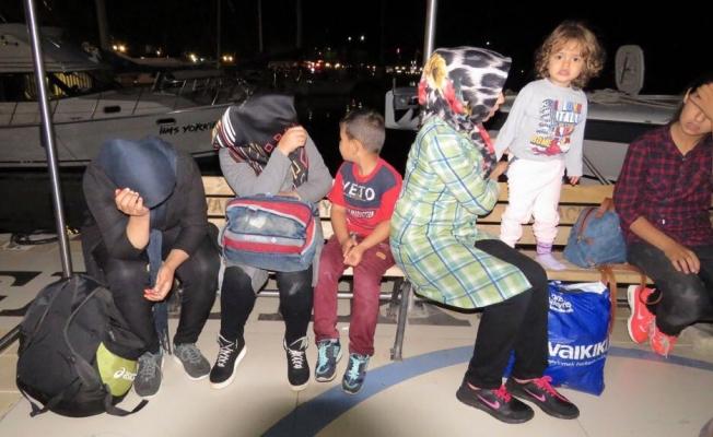 Ayvacık'ta 30 kaçak göçmen yakalandı