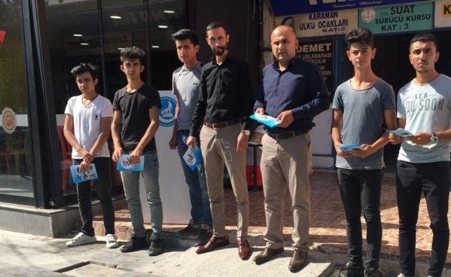 Karaman'da, Ülkü Ocakları uyuşturucu ile mücadele broşürleri dağıttı