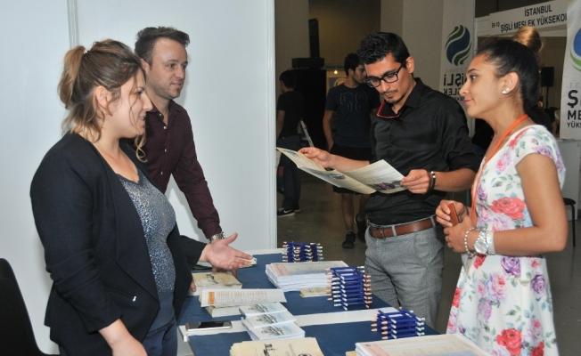 KMÜ İstanbul'da üniversite tanıtım fuarına katıldı