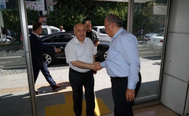 Rektör Gönüllü'den, Başkan Kutlu'ya ziyaret