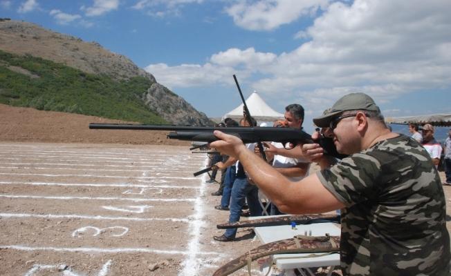 Tokat'ta 15 Temmuz şehitleri anısına trap yarışları yapıldı
