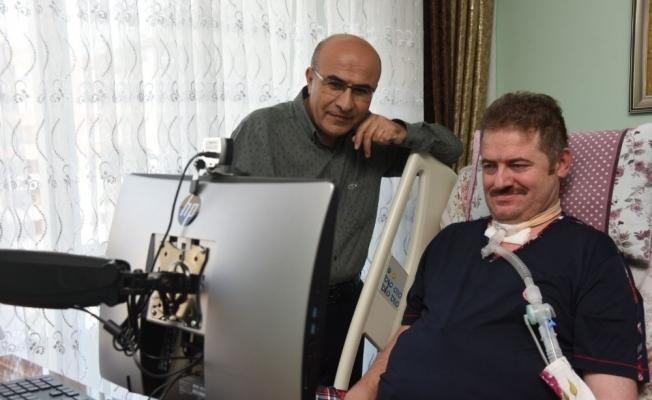 Vali Demirtaş'tan ALS hastası Yasin Asma'ya doğum günü sürprizi