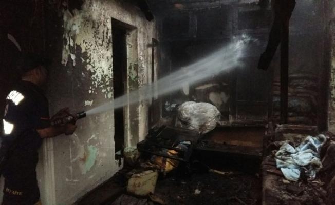 Aydın'da çıkan yangında bir ev kullanılamaz hale geldi
