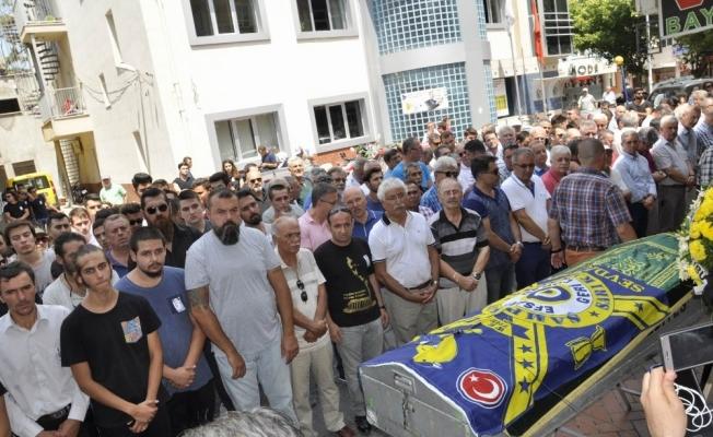 Fenerbahçe bayrağı ile son yolculuğuna uğurlandı