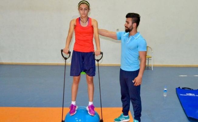 Malatyalı basketbolcu Ayliz Kılınçer'e 1.ligden davet