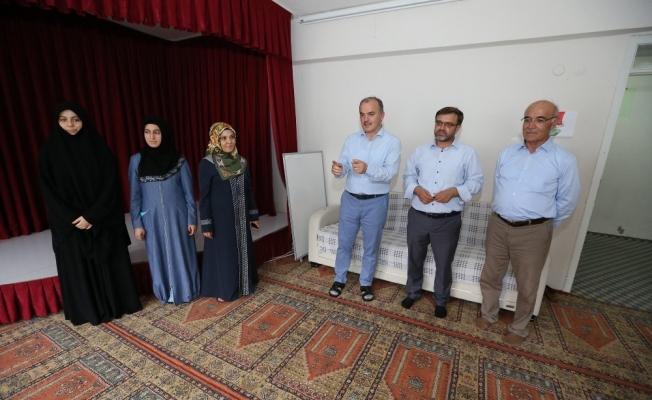 Pamukkale Belediyesi'nden Kur'an-ı kerim kurslarına destek