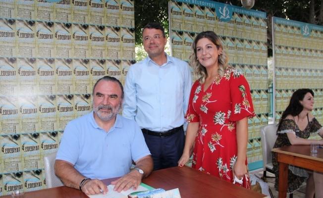 Silifkeliler, Nedim İnce'yi Edebiyat Festivali'nde ağırladı