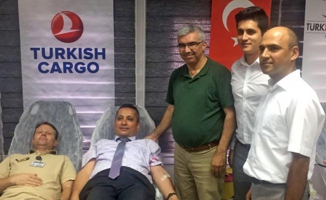 THY çalışanlarından kan ve kök hücre bağışı