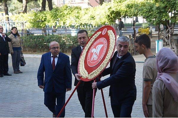 Lapseki'de 19 Ekim Muhtarlar Günü kutlamaları