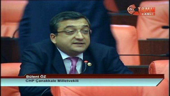 Öz, AK Parti'yi eleştirdi