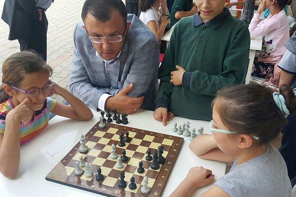 Umurbey'de Satranç Turnuvası