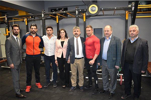 Best Of Fitnes Hizmete Girdi