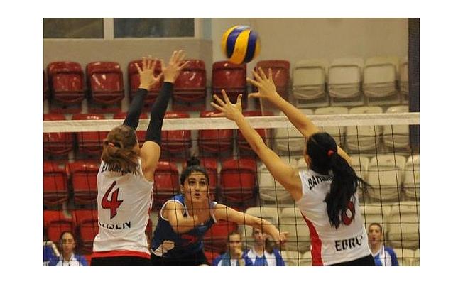 İzmir Büyükşehir Belediye:3  Yeşil Bayramiç:2