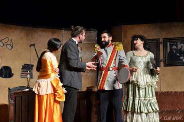 'Ömürsün Doktor' Çanakkale'de sahnelenecek