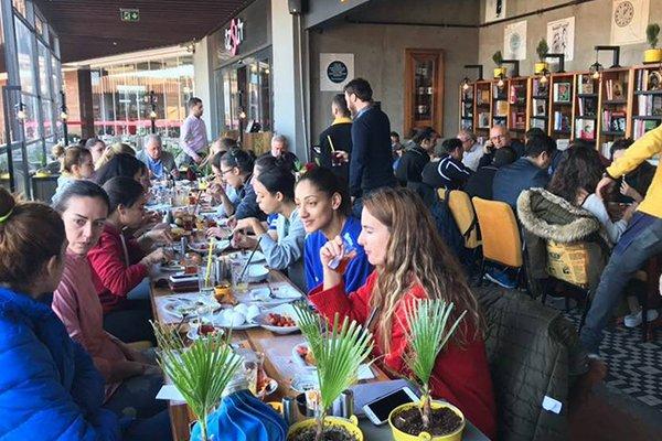 Ünüvar'dan Belediyespor'a Kahvaltı