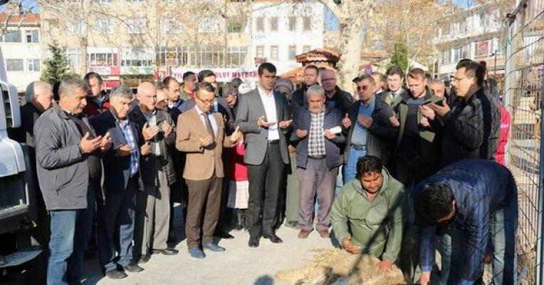Başkan Arslan Bayramiç'in tarihine sahip çıkıyor