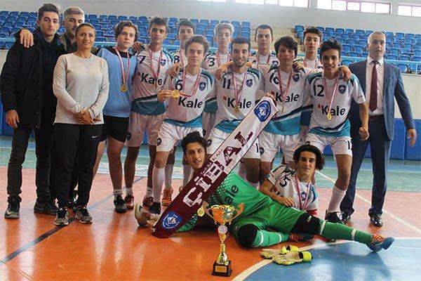 Çan İbrahim Bodur Lisesi Şampiyon