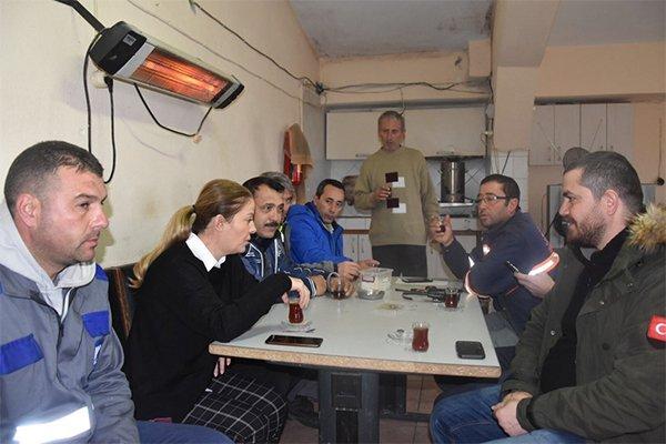 Ünüvar'dan Belediye çalışanlarına yeni yıl jesti