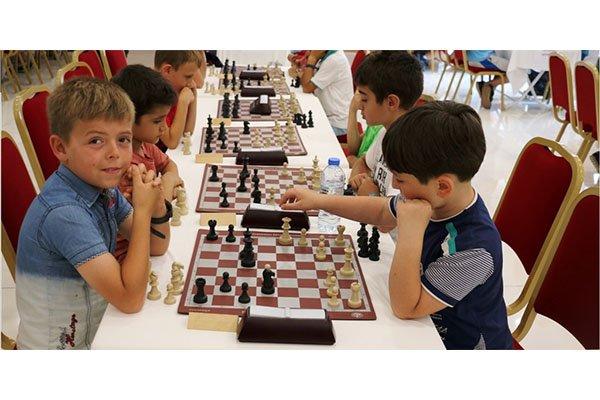 Bayramiç'te satranç turnuvası