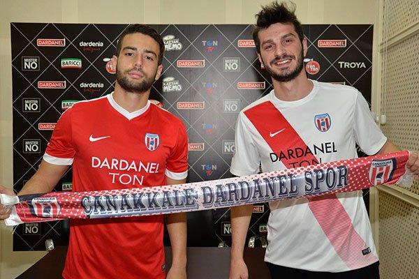 Dardanelspor'dan iki imza
