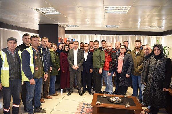 Taşeron çalışanlarından Başkan Kuzu'ya teşekkür