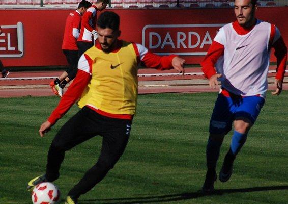 Dardanelspor lideri ağırlıyor
