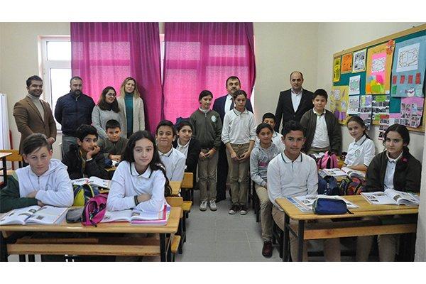 Osman  Özkan okul yollarında