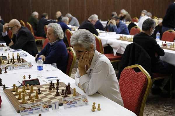 Satrançta her kategoride başarılar devam ediyor...