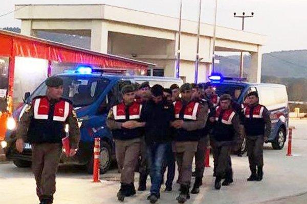Terör örgütü propagandasına 4 tutuklama