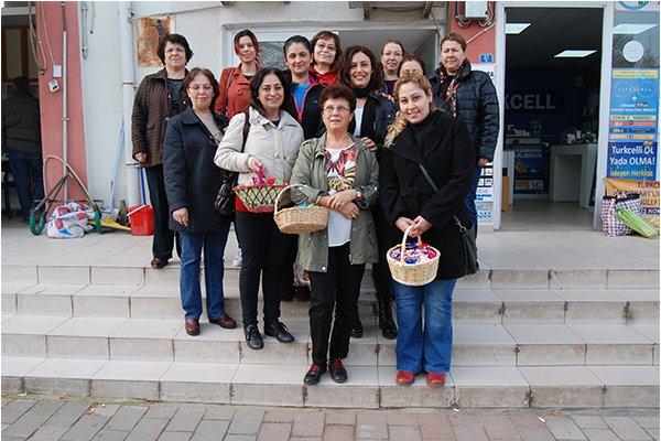 CHP'li kadınlardan hediye