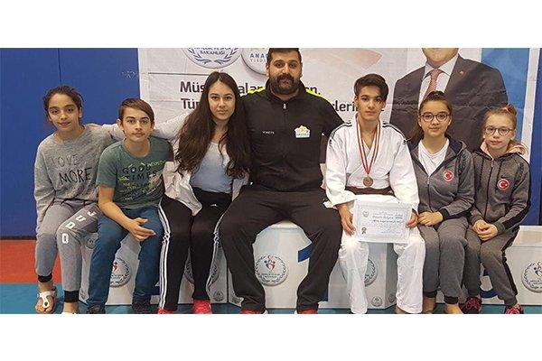 Judocular Burdur'dan döndü