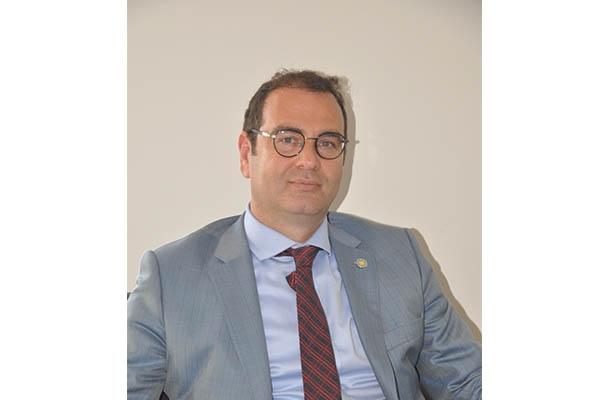 """Uz; """"Türk demokrasi tarihine geçecek bir karar"""""""