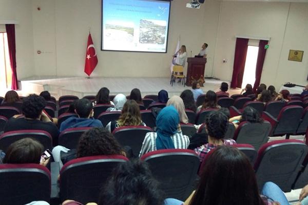 Öğrencilere temizlik ve çevre eğitimi…