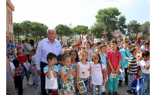 Başkan Ulaş öğrencileri yalnız bırakmadı