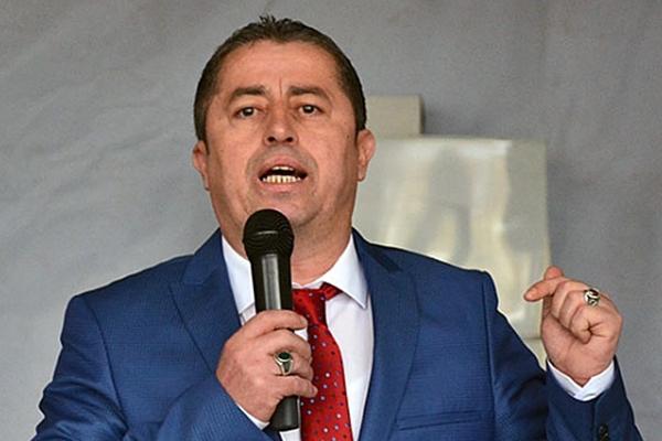 Özcan'dan seçim iddialarına sert cevap