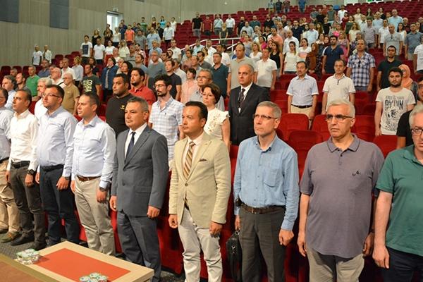 ÇOMÜ'de konferans