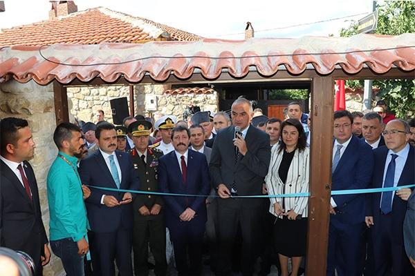 'Atatürk Evi Müzesi' ziyarete açıldı