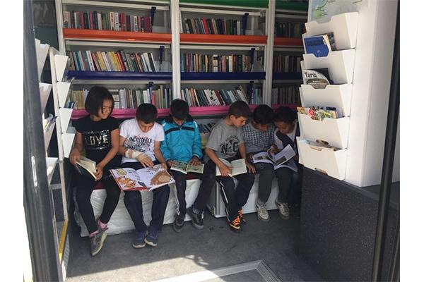 Gezici kütüphaneye yoğun ilgi