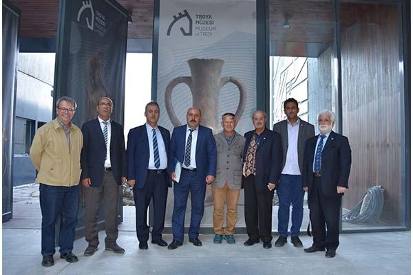 'Sanatın ve Kültürün Kardeşliği'