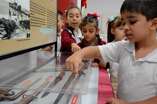 Öğrencilere Çanakkale ruhu aşılanıyor