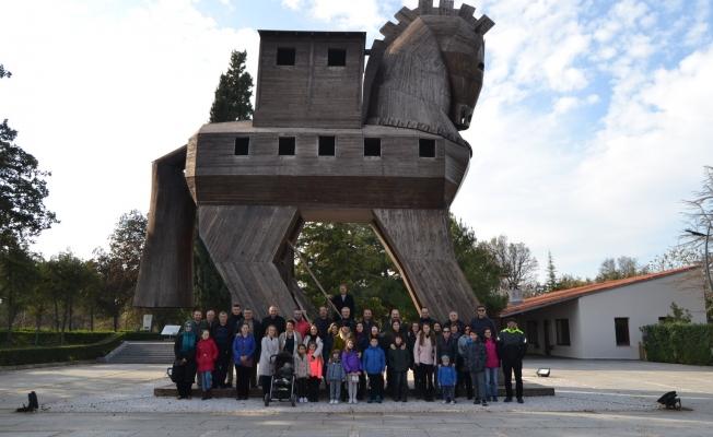 İşadamları Troia Müzesi'ni gezdi