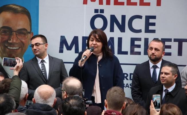 """İskenderoğlu; """"31 Mart'ta Biga AK Parti diyecek!"""""""