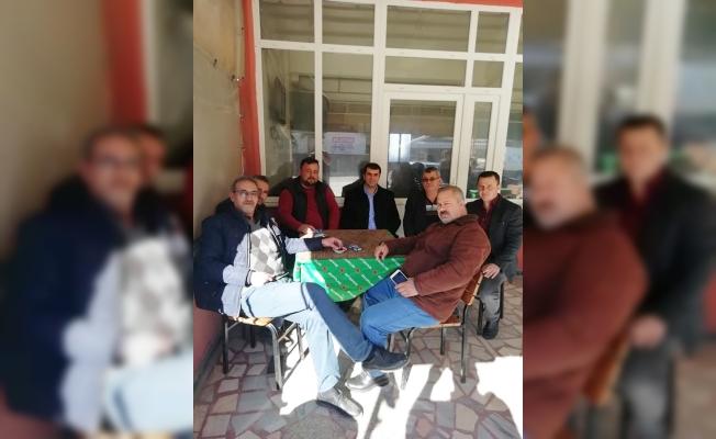 Arslan'dan kahvehane ziyareti
