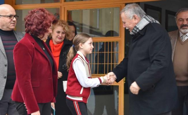 Eğitime destek ziyaretleri sürüyor