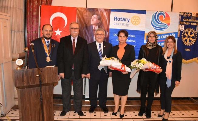 Rotary Kulübü'nden Başkan Gökhan'a teşekkür plaketi…