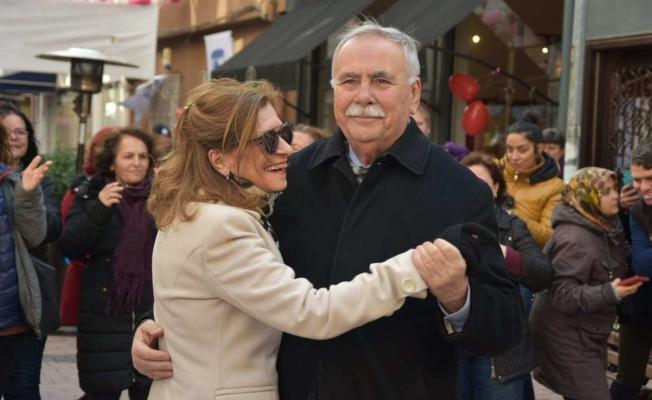 Tarla Sokak'ta Sevgililer Günü kutlandı