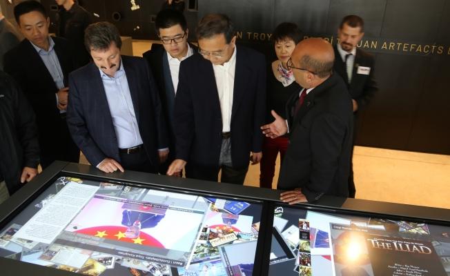 Büyükelçi Deng Li, TROYA Müzesi'ni inceledi