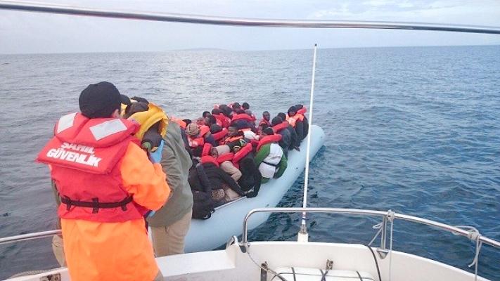 Ayvacık'ta 39 kaçak göçmen yakalandı