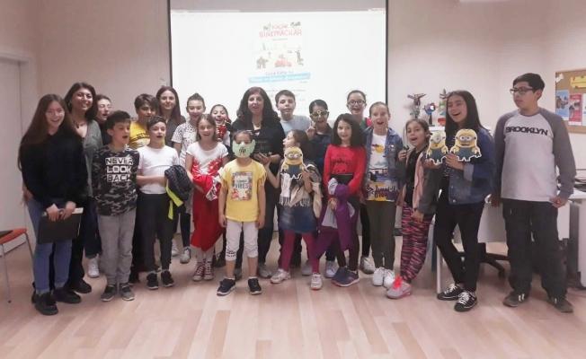 Çocuklar sanatçılarla buluşuyor